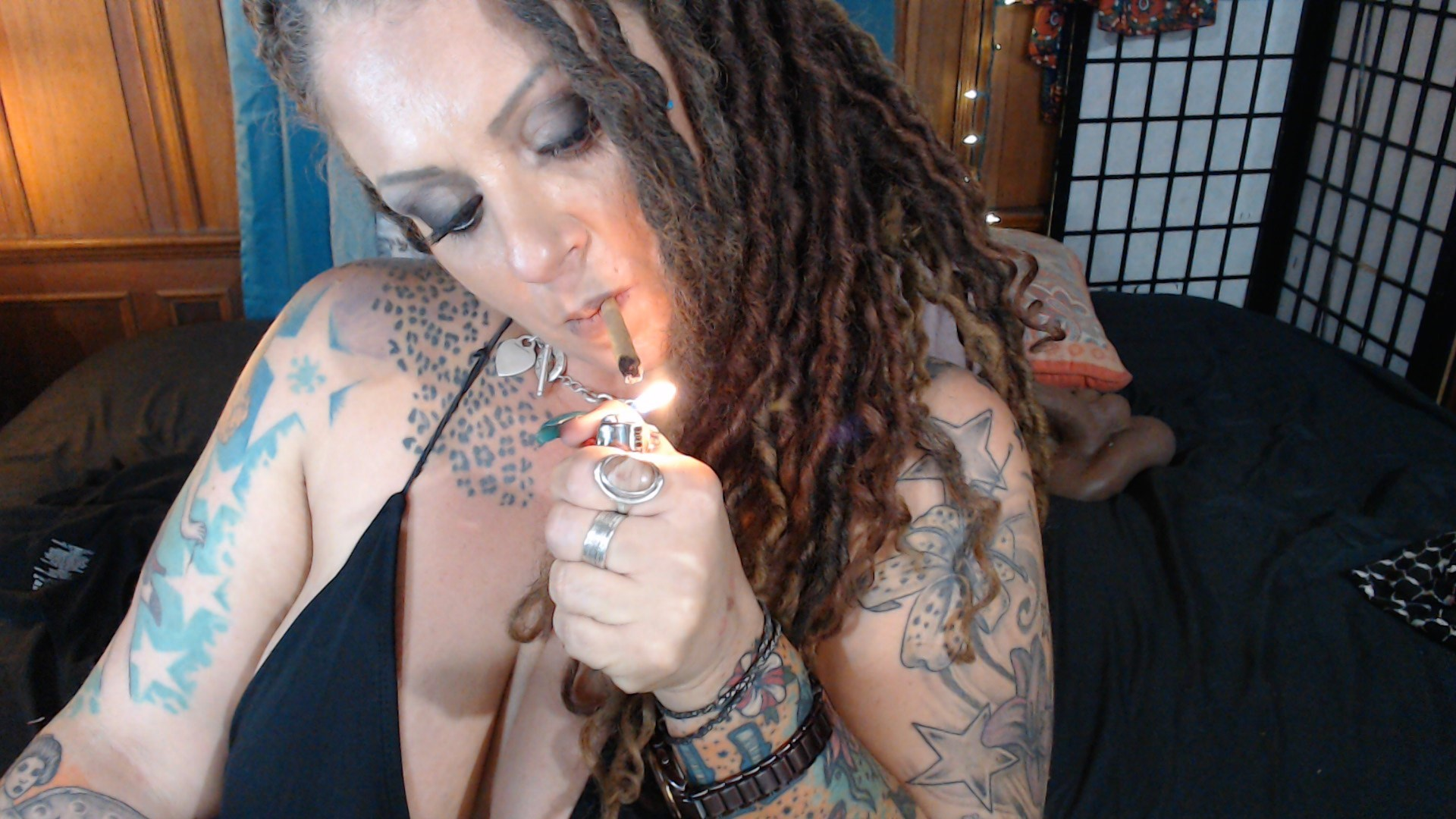 Erikaxstacy Official Fan Page - Videos, Pictures, and More